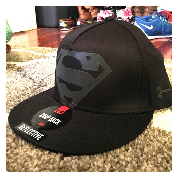 0ccd3b076dc72 Black Under Armour Superman Snap Back