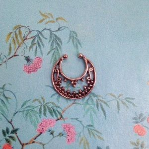 Faux Septum Ring in Rose Gold tone