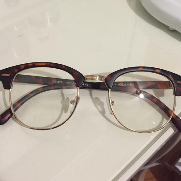 677d81e03f Forever 21 Accessories - Fashion statement glasses