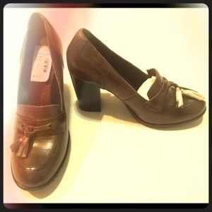 Born Shoes - BOC Born leather Oxford heels