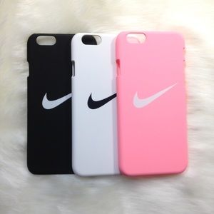 Nike Accessories - CLEARANCE ✨ Pink nike iPhone 5 5s se case