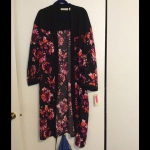 Sejour Jackets & Blazers - Lovely Print 100% Polyester Duster With Side Slits