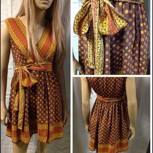 Anna Sui Dresses & Skirts - ANNA SUI 100% Silk dress. W/sash.