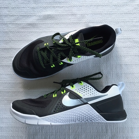 Women s NIKE Metcon 1 Crossfit Training 16fbf2f75