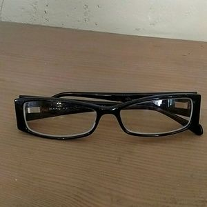 Marc Jacob prescription glasses.
