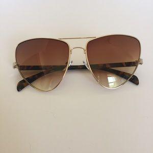 Avacat sunglasses