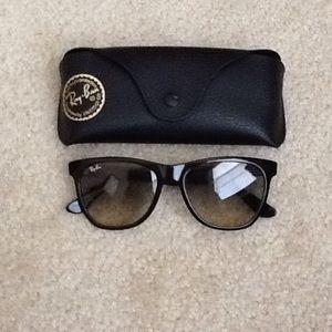 New  Black Ray-ban Sunglasses