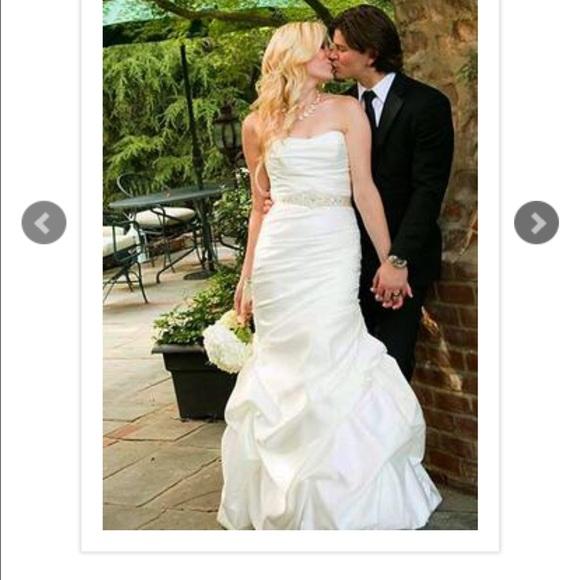 29 Off Mikaella Dresses Skirts Mikaella Wedding Dress