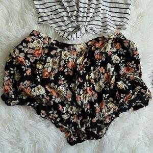 LA Hearts Shorts - LA Hearts Floral Shorts