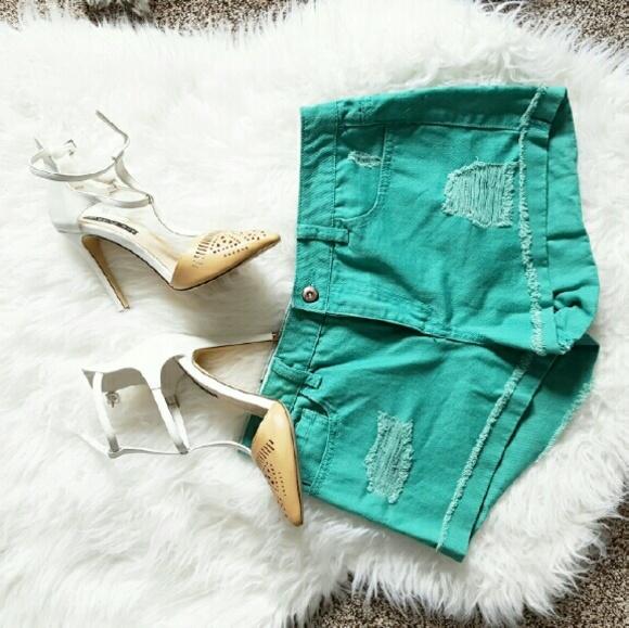 Forever 21 Pants - Green Forever 21 Shorts