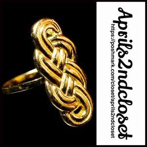 Gorjana Jewelry - ❗️1-HOUR SALE❗️GORGANA RING Gold Statement Ring