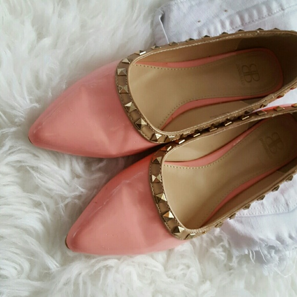 Shoes - Lighy Pink Studded Flats