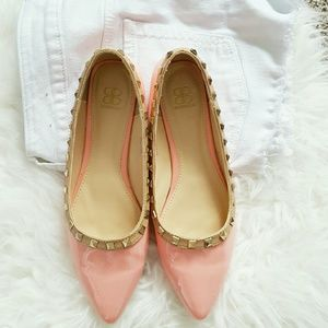 Shoes - Lighy Pink Studded Flats
