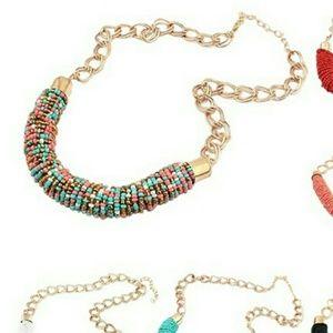 NWT Summer  Fashion Necklace