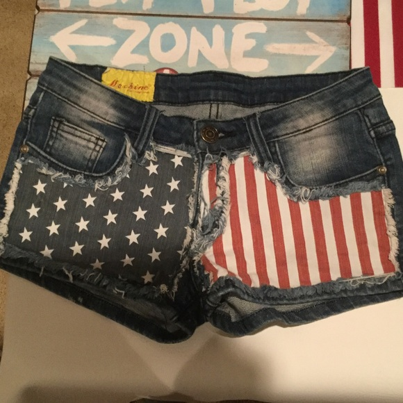 machine jean shorts