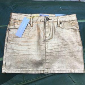 BCBGeneration skirt metallic gold skirt.
