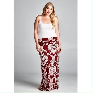 Dresses & Skirts - RESTOCKED Maxi skirt with gorgeous pattern.