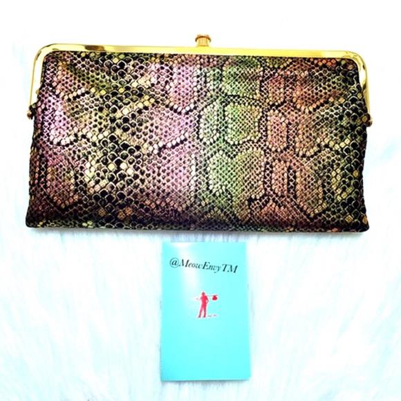 ??Hobo Int. LAUREN metallic Snake skin wallet??