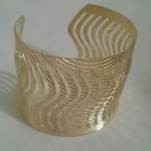 Gold Tone Textured Design Metal Cuff Bracelet NWT