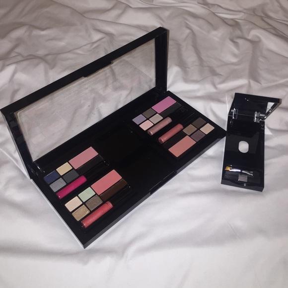 9fa84d202928a Victoria Secrets Makeup Compact Set