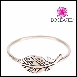 Dogeared Jewelry - ❗️1-HOUR SALE❗️DOGEARED Sterling Silver Plume Ring