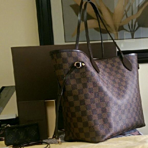 af2021da91b9 Louis Vuitton Handbags - Authentic Louis Vuitton Neverfull MM Damier Ebene