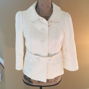 Beautiful Juicy Couture Belted Jacket. Lined,
