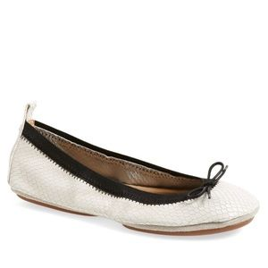 White + Black Bow Foldable Flats