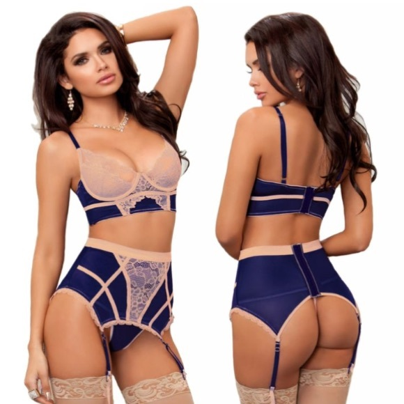 ca824352bc Vintage-like 3pc BRA   High Waist garter belt set Boutique