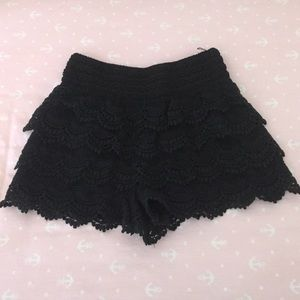 Ina Pants - Crochet Shorts