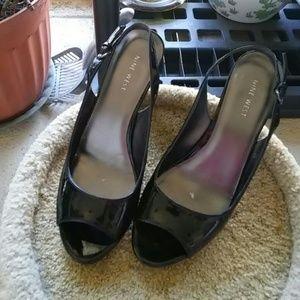 Peep toe kitten heels