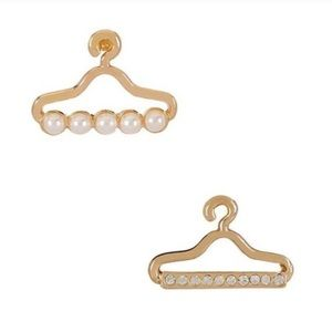 Fashionistas Hanger Earrings
