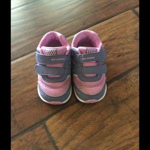 Dr. Kong Other - **SALE** Dr. Kong toddler comfort shoes