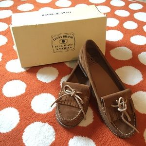 Lucky Brand suede oxfords