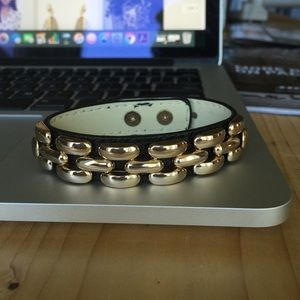 Jewelmint Jewelry - Jewelmint Black and Gold Braclet
