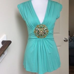 Sky Tops - Green Medallion Top