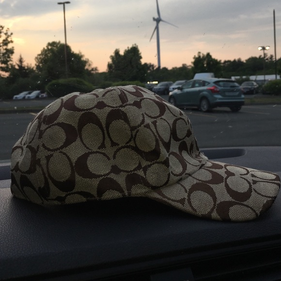 Coach Other - COACH Hat (Make Offers if you don t like price! 1c7d941e5f7