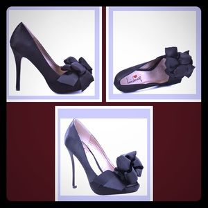 Luichiny My Darling black satin open toe pump