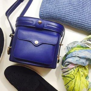 Rebecca Minkoff Handbags - Rebecca Minkoff Navy Camera Crossbody