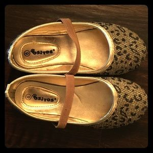 Ositos Other - Toddler Cheetah Sparkle T-strap Flats