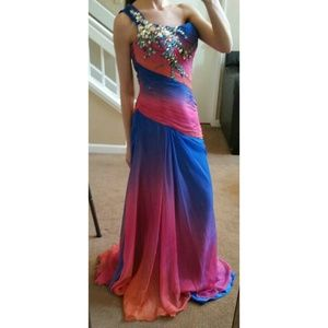 Tony Bowls Dresses & Skirts - EVENING GOWN/PROM DRESS