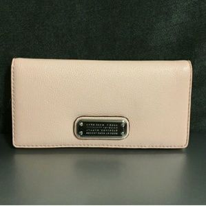 Marc Jacobs Handbags - Marc Jacobs Wallet