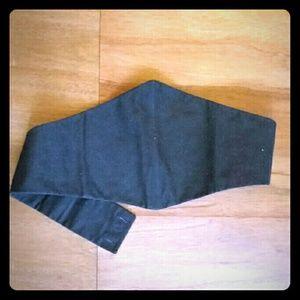 Accessories - Unique black cotton belt