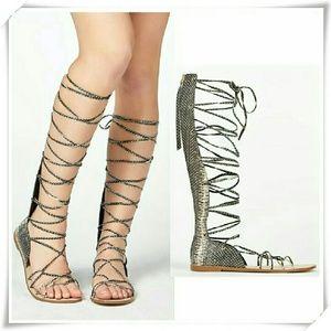 JustFab Shoes - 🌟💜HP🌷💚Zahara gladiator sandals.