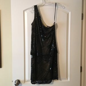 Sequined one shoulder dress. Sz L.