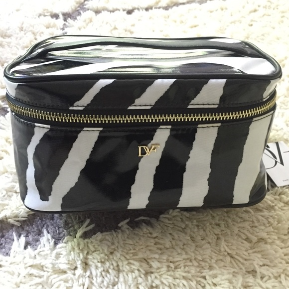 Diane von Furstenberg Bags   Dvf Cosmeticmakeup Train Case Zebra ... a1eed2728b