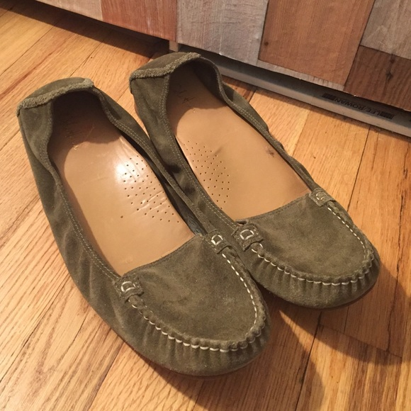 a4315d800c7 Cole Haan Shoes - Cole Haan Olive Green Suede Loafers Size 11