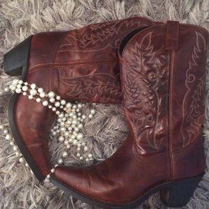 Laredo Shoes - Laredo Cowgirl boots✨