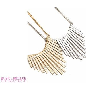 Jewelry - 'Raise the Bar' Gold Necklace