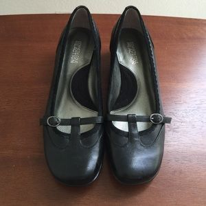 Kenneth Cole reaction black shoes